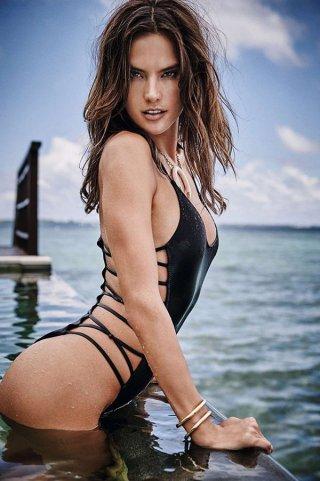 Alessandra Ambrosio 《GQ》时尚杂志