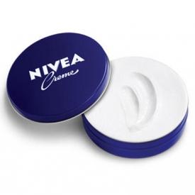 妮维雅蓝罐面霜使用方法 冬天必备的平均润肤霜你会用吗