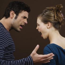 家庭暴力产生原因是什么 全面剖析家庭暴力的真实原因
