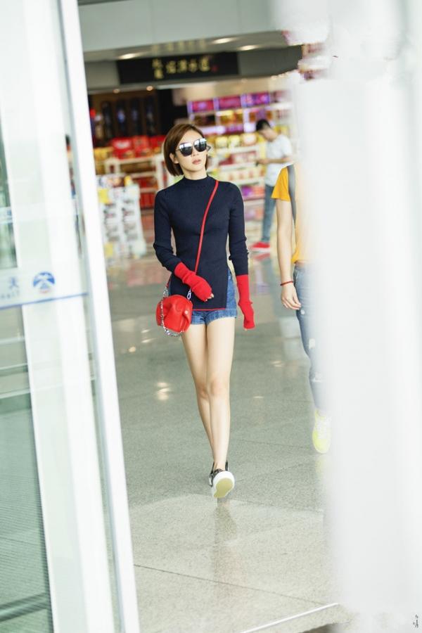 袁姗姗最新街拍图片