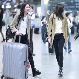 刘雯最新机场街拍 大表姐人美腿长