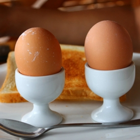 水煮蛋减肥法该怎么做 践行水煮蛋减肥法必做到这四点