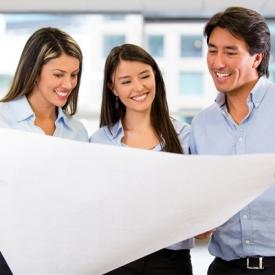 男同事对你有好感的表现 4个迹象表明他对你有感觉