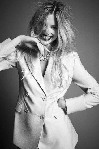 模特Natalia Siodmiak 演绎《Harper's Bazaar》时尚杂志大片
