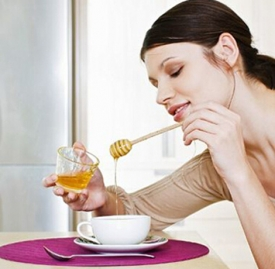 拉肚子喝蜂蜜水有用吗 喝蜂蜜水或加重腹泻