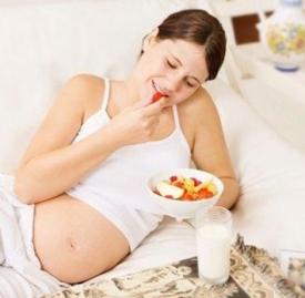 怀孕吃太多水果好吗 孕期猛吃水果或患糖尿病生巨婴