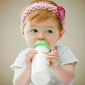 奶粉全脂好还是脱脂好 为您详解全脂和脱脂奶粉特点