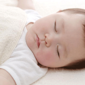 什么是蒙被综合症 家长应引起重视避免宝宝窒息而死