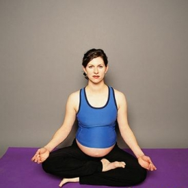 孕中期做什么运动好 强烈推荐孕妇操