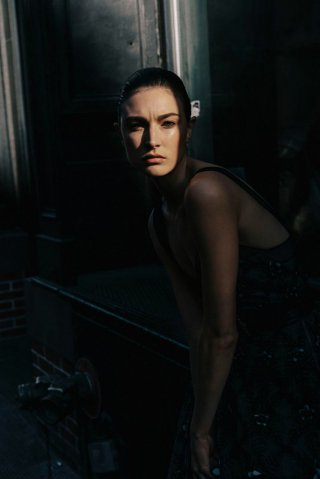 超模Jacquelyn Jablonski 演绎《Harper's Bazaar》时尚杂志大片