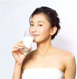 """喝牛奶拉肚子是怎么回事 或是""""乳糖不耐""""惹的祸"""