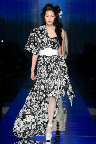 Jean Paul Gaultier(高缇耶)2017春夏巴黎时装周时装秀