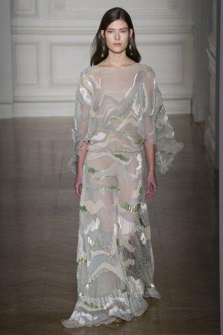 Valentino(华伦天奴)2017巴黎时装周春夏高级定制时装秀