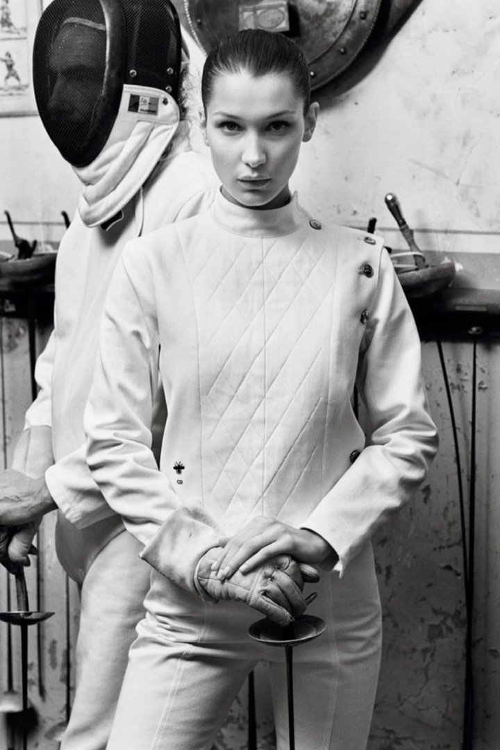 Bella Hadid《Vogue》法国版2017年2月号