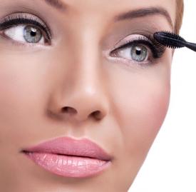 睫毛膏晕妆是什么原因 这4点极易导致睫毛膏晕妆