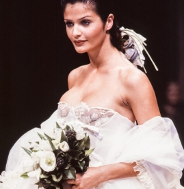 Valentino高级定制婚纱26 年创意回顾