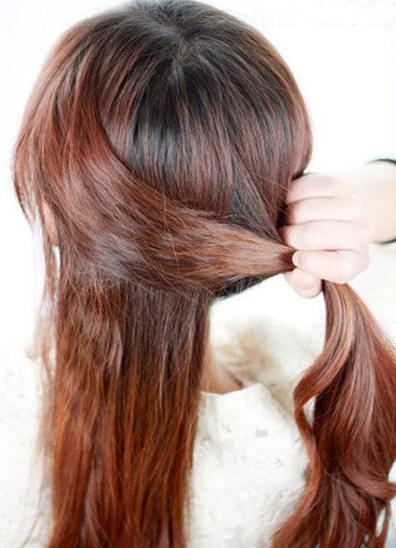 鱼骨小辫子的发型步骤