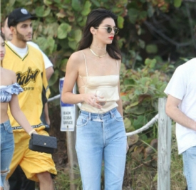 肯达尔·詹娜(Kendall Jenner)2016街拍精选  人美腿长超会穿!