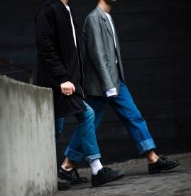 西装搭配牛仔裤图片男 绅士帅气又随性洒脱