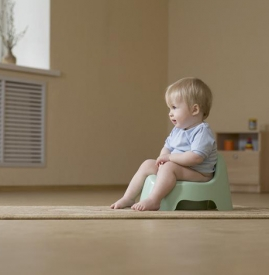 宝宝便秘怎么办快速治疗 家长应避免这四个误区