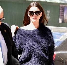 Anne Hathaway最新街拍合辑 女神怎么穿都美