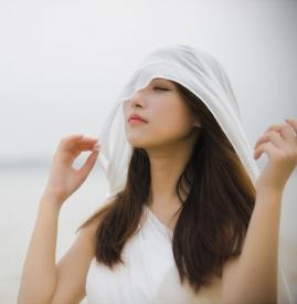 防晒露怎么用才正确 用对了才能有效防晒哦