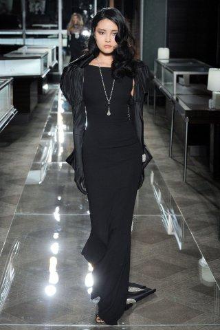 Reem Acra(雷姆·阿克拉)2018春夏系列婚纱秀
