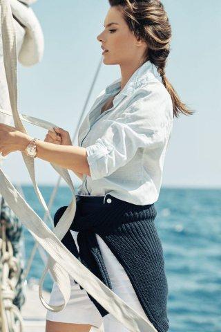 瑞士名表 OMEGA(欧米茄)释出全新海马系列Aqua Terra腕表广告大片