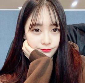 女生空气刘海图片 为你大展韩式甜美范儿