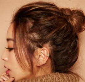 慵懒丸子发型扎法 初秋必扎一款慵懒发型