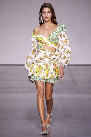 Zimmermann 2018纽约时装周女装秀
