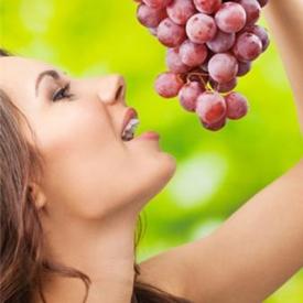 减肥可以吃葡萄吗 一天12颗新鲜葡萄为最好
