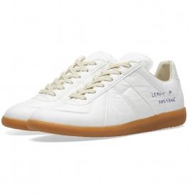 Maison Margiela创造一双Replica白球鞋