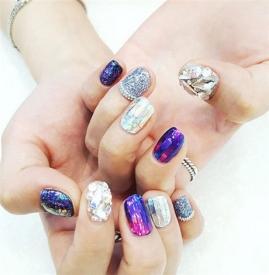 钻石美甲教程 今年最流行的钻石美甲