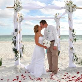海滩婚礼注意事项 9点必知事项让婚礼更顺利