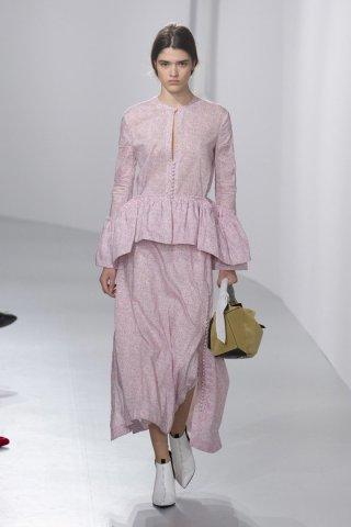 LOEWE(罗意威)201巴黎时装周女装秀