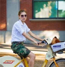衬衫搭搭配什么裤子 搭配短裤随性夏日风轻松打造