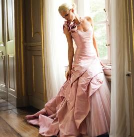 粉色婚纱图片大全 浪漫不止一点点