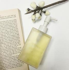 卸妆油和卸妆水的区别 卸妆油好还是卸妆水好