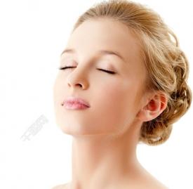 干性皮肤用什么清洁面膜 给你干净清透的肌肤
