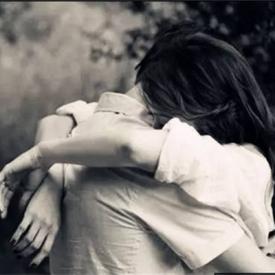 女朋友不开心的时候怎么办 教你如何哄她开心