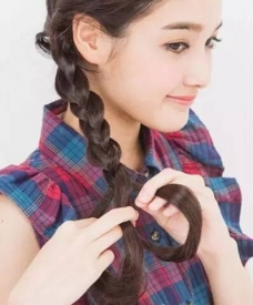 头发怎么扎好看 三款好看的扎发教程
