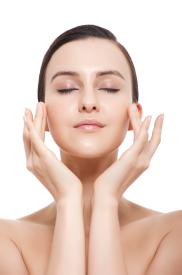 冬季皮肤干燥怎么办 让你皮肤水到爆的秘密还不跟着来看看