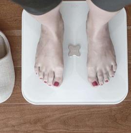 智能体重秤怎么使用 智能体重秤简单使用教程