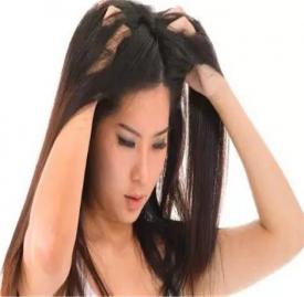 头发屑怎么去除 十个方法解决头发屑问题