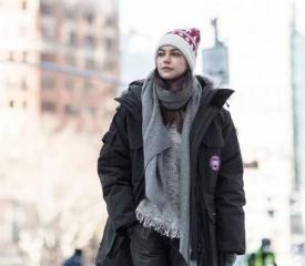 大衣和卫衣搭配图片  冬天大衣这样搭配保暖又好看