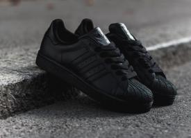 小黑鞋怎么搭配 看明星们搭配小黑鞋给你看