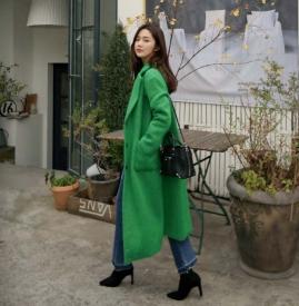 绿色大衣搭配图片 给沉闷冬天来一点活力吧
