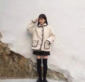 矮个子女生冬季穿衣搭配图 学生休闲风搭配