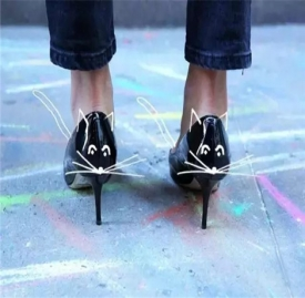 高跟鞋与裙子搭配图片 猫跟鞋与裙子搭配方案